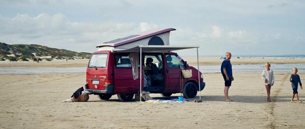 Mit dem Auto an den Strand Dänemark