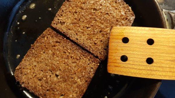 Smørrebrød Roggenbrot anrösten